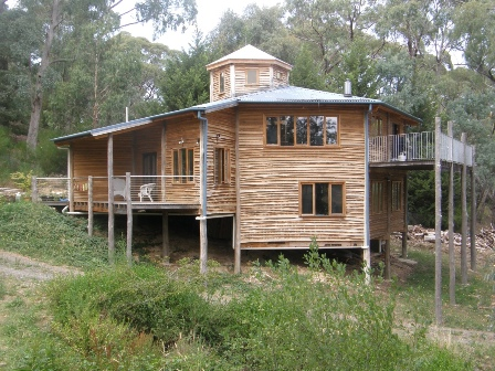 Pole frame house photos for Pole home designs nsw